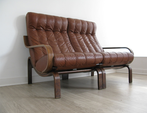 Leather 2 seater modular westnofa sofa for We buy old furniture