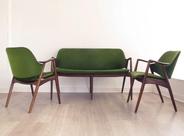 Vintage retro furniture danish heals eames 60s 70s sofas for Designer chairs from the 60s