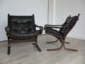 Pair of dark brown leather 'Siesta' chairs by Ingmar Relling for Westnofa