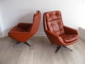 Danish leather swivel chair on aluminium base
